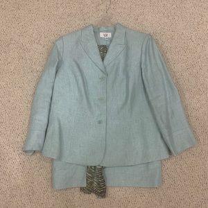 Women's Light Blue Linen Suit